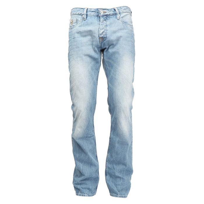 optez pour le jeans homme toujours confortable. Black Bedroom Furniture Sets. Home Design Ideas