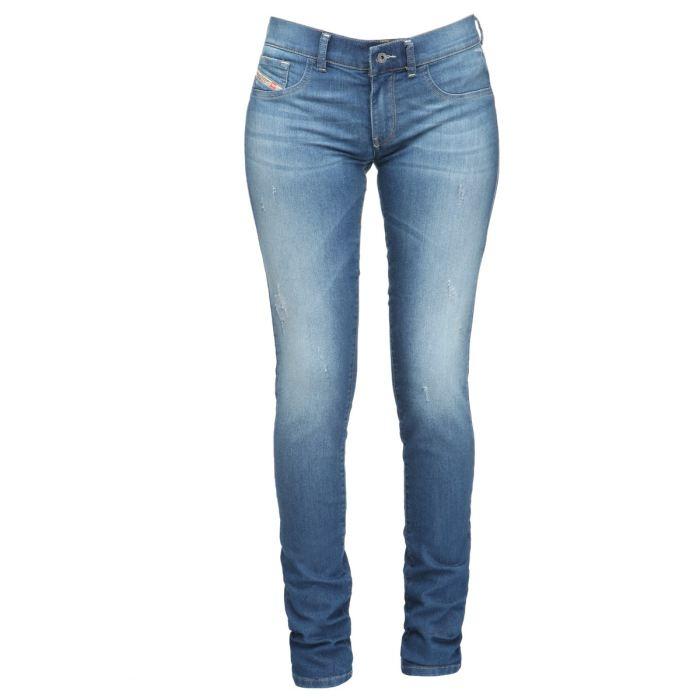 Choisissez votre style sur jean-femme.website