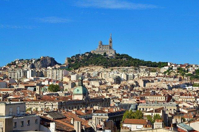 Les atouts de Marseille pour la domiciliation commerciale